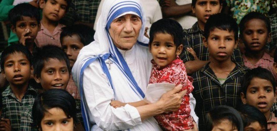 Kalkuttai Szent Teréz anya születésnapja