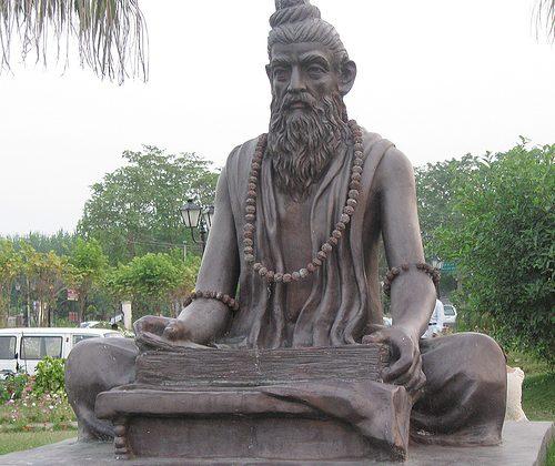 Charaka a világ első orvosa