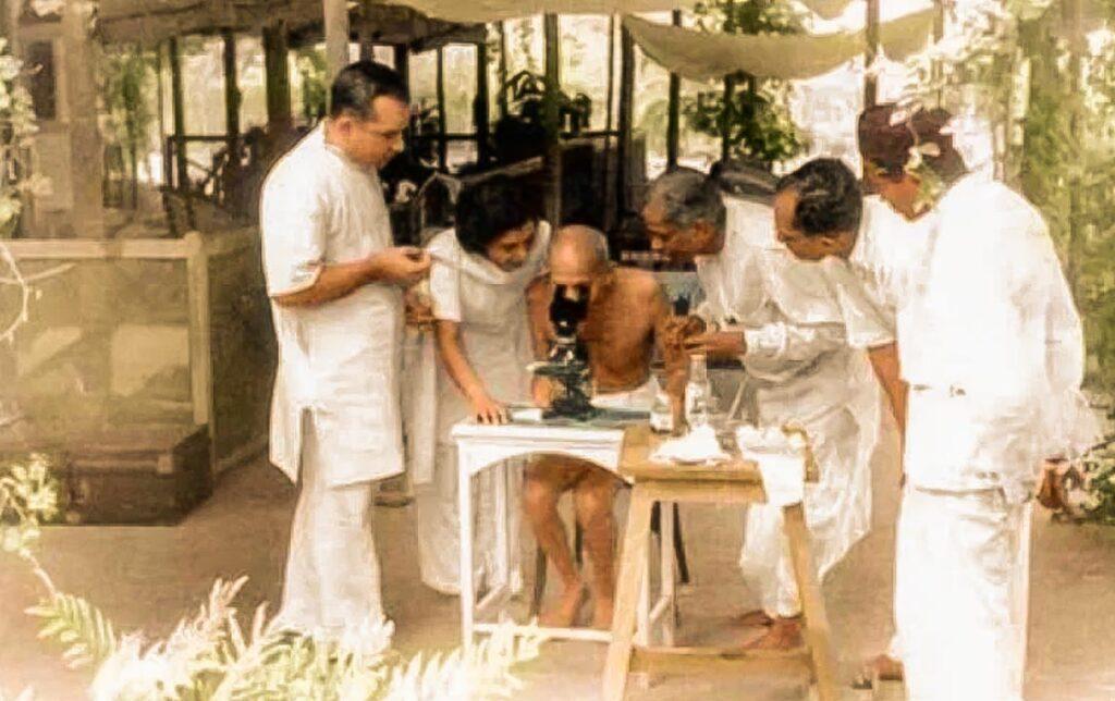 MK Gandhi könyvei tudományos alapúak